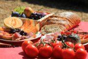 Riviera picnic