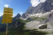Hiking signposts in Ramsau am Dachstein