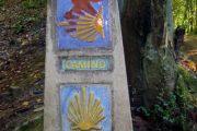 Signpost near Obona, Camino Primitivo