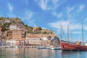 The port of Hydra