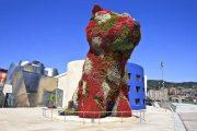 Flower dog at the Guggenheim Museum, Bilbao