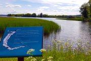 An info board about Tange Sø