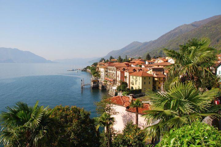 Italian lakes drive & hike