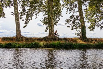 Canal du Midi cycling holiday