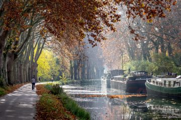 Canal du Midi cycling holiday