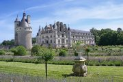 The magnificent gardens of the Chateau de Chenonceau