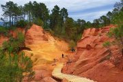 The ochre cliffs of Roussillon