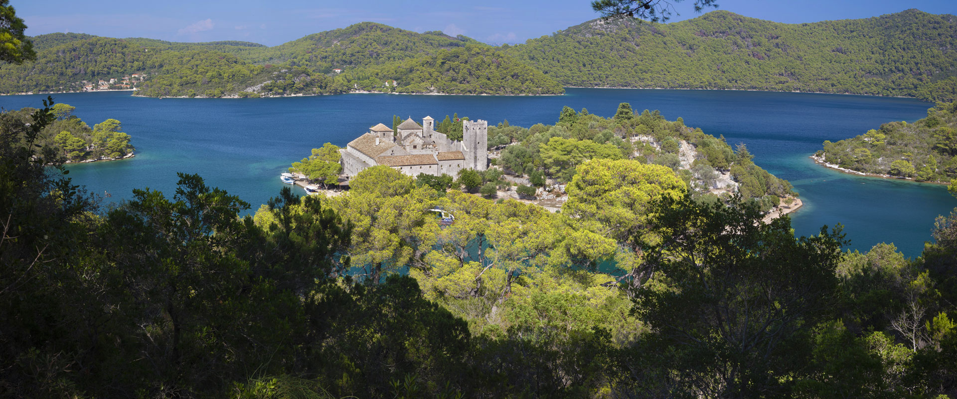 Hiking Dubrovnik's coast & islands