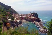 Udsigt over Vernazza - den midterste af de fem Cinque Terre