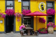 En velfortjent pint på The Blind Piper i Caherdaniel efter dagens vandring