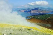 rygende vulkan på Lipari