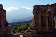 udsigt over Etna fra Taormina