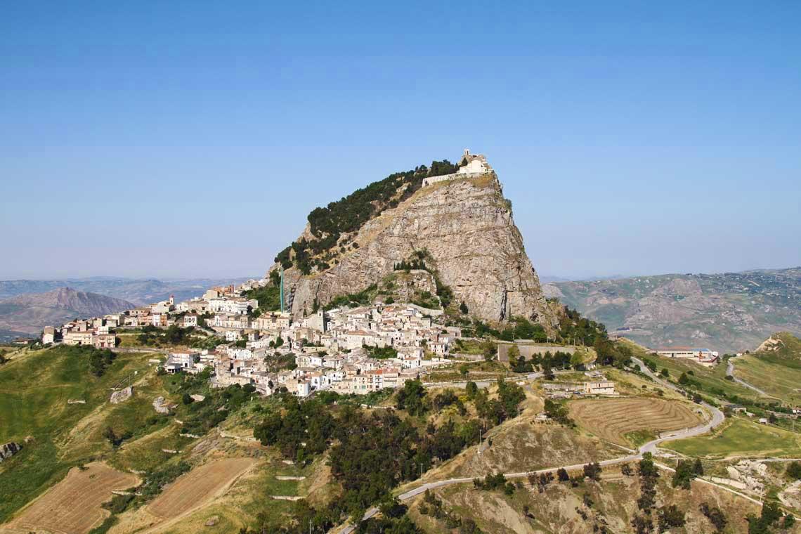 Vandring på Via Magna Francigena, Sicilien