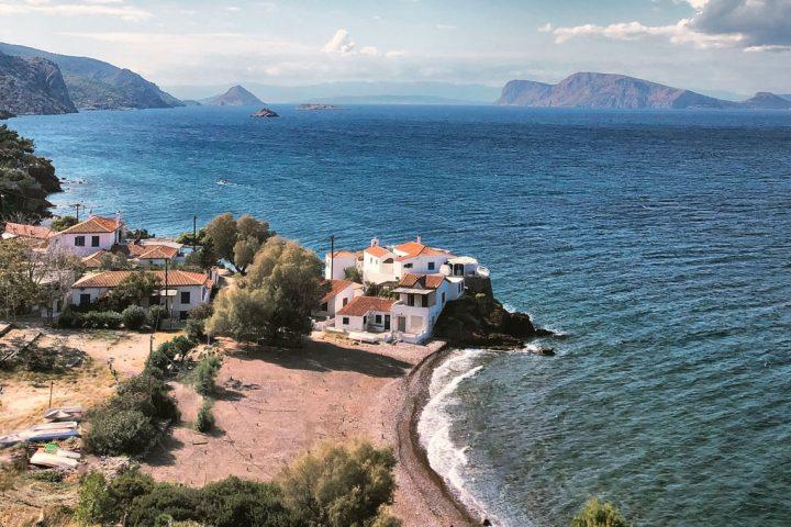 Vandring på De Saroniske Øer Poros og Hydra