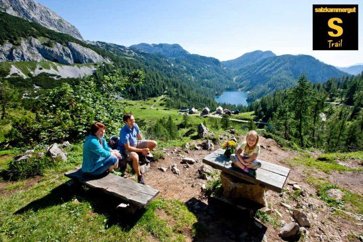 S-Trail-4_vandreferie Tauplitzalm-mit-Blick-auf-den-Steirersee-©-TVB-Ausseerland---Tom-Lamm