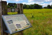 Hærvejen passerer mange historiske steder som f.eks. Kong Knaps Dige