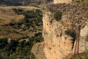 Der er et enestående vue fra udsigtspunktet Mirador de Aldehuela i Ronda, men det er ikke for folk med højdeskræk.