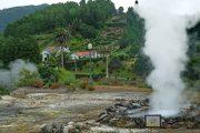 Varme kilder i Furnas-dalen