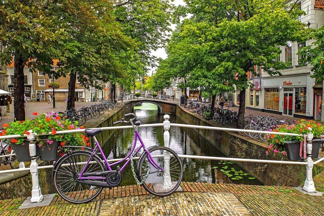 cykling mellem hollands historiske byer