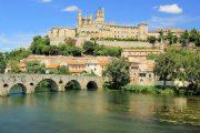 Den smukke by Béziers med sin 2000 år gamle romerske bro og katedral