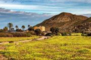 Den tidligere guldmineby Rodalquilar er som en oase midt i ørkenen