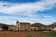 """Den berygtede forladte gård Cortijo del Fraile, hvor et blodigt drama udspillede sig i 1928. Stedet er også kendt fra den klassiske western """"Den gode, den onde og den grusomme"""" med Clint Eastwood."""
