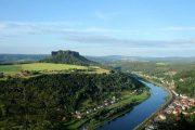 Udsigt over Elben og Lilienstein-bjerget