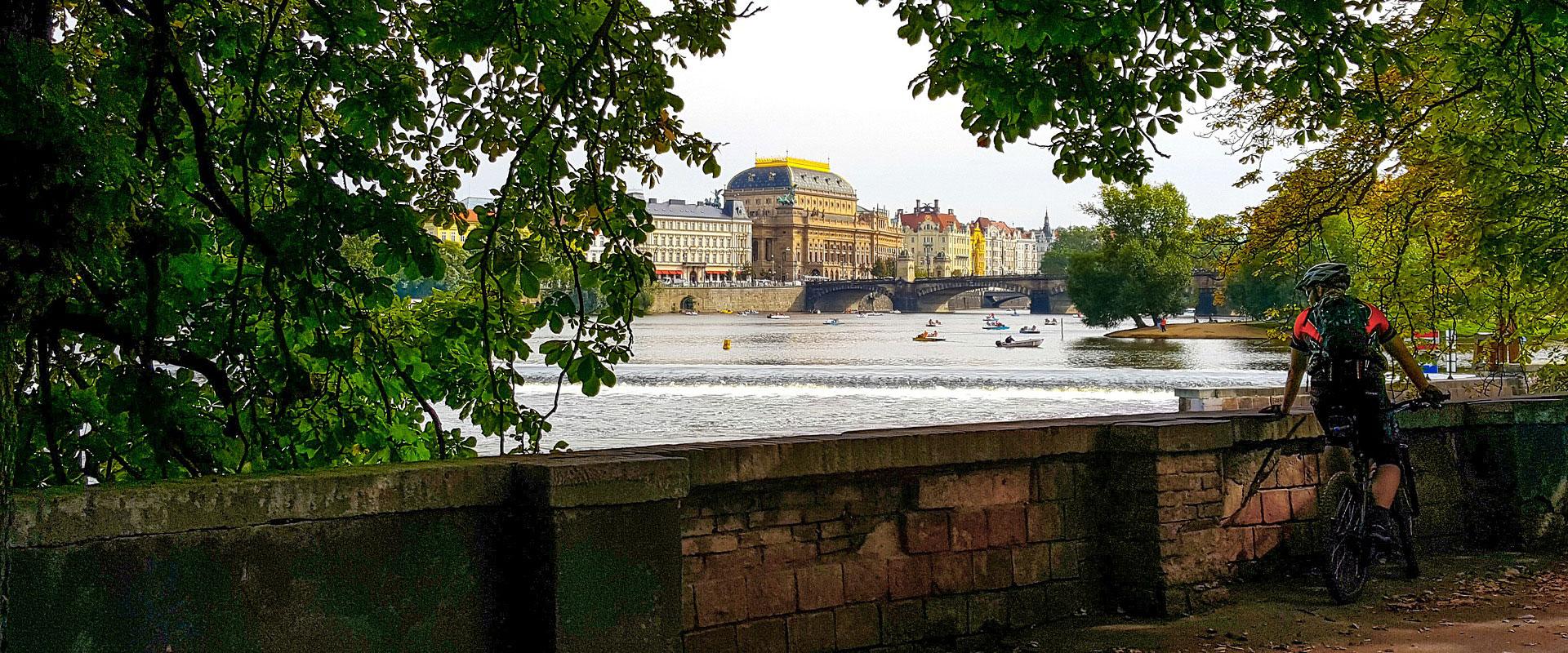 Elberadweg: Prag-Dresden