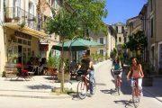 Cyklling gennem de charmerende landsbyer i Provence
